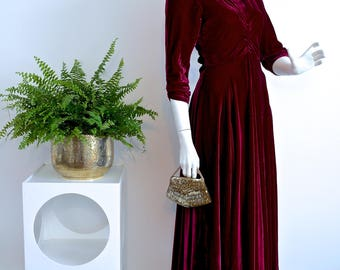 Vintage 1940s DRAMATIC SILK VELVET Bias Cut Floor Length Gown / Diamante Neckline / Hollywood Starlet Glamour / Incredible Full Sweep Hem