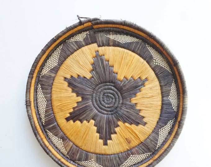 Vintage Native American Tribal Woven Star Basket - 13.5""