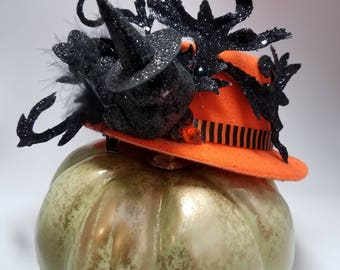 Goth Chick Mini Top Hat Halloween Fascinator