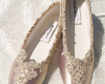 Champagne Wedding Flats Bridal Shoe elegantly gold trimmed, Champagne Bridal Flat Shoes, satin ballet style slipper, regal, romantic