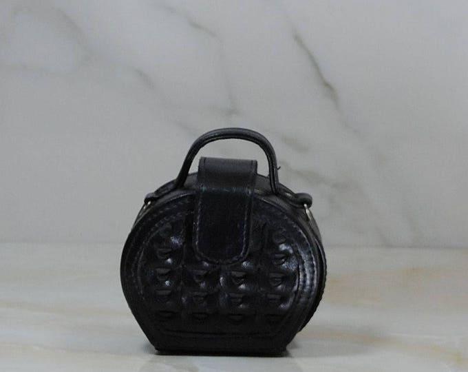 Vintage Black Small Round Purse, Train Case Crossbody Purse, Mini Round Purse, Woven Leather Purse, Child's Purse, Black Crossbody Case