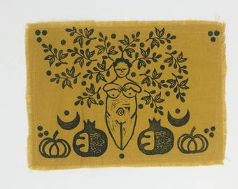 Medium Altar or Tarot Cloth Reading Mat for Divination Witchcraft Samhain Goddess Halloween