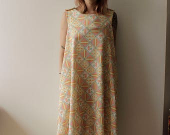 INCREDIBLE Mod Tent dress 60s/70s Novelty print- S/M  sc 1 st  Etsy & 60s tent dress | Etsy