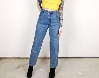 Vintage Levi's 551 High Waisted Tapered Leg Mom Jeans // Women's size 32 11 12 Large L