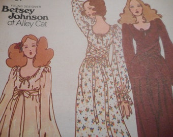 Vintage 1970's Butterick 6533 Betsey Johnson Dress, Tunic and Pants Sewing Pattern, Size 7 Bust 31