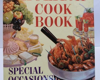 Vintage Better Homes and Gardens Holiday Cookbook 1959