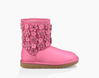 Custom Toddler Baby girl Leather Suede Stud UGG Boots flower Short Mini Children w/ Swarovski Crystal Rhinestone Jewel Heel tag GlassSlipper