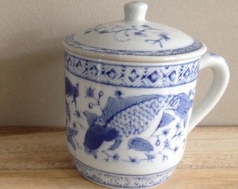 Chinoserie Koi fish lidded tea cup