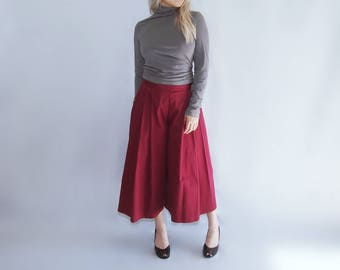 red pleated wide-leg culottes palazzo pants trousers capri