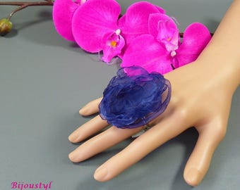 Fancy backed blue organza flower ring - silver