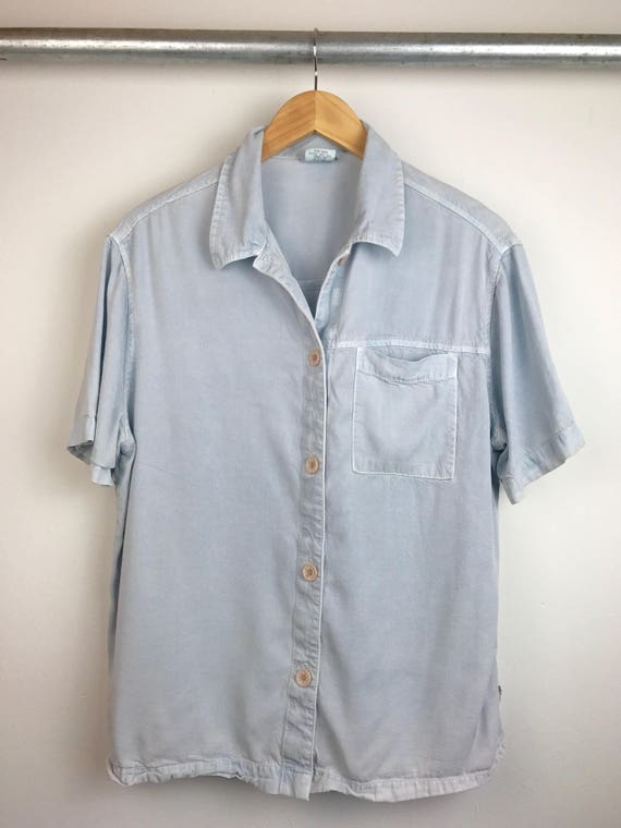 Vintage Men's Button Down Shirt in Baby Blue
