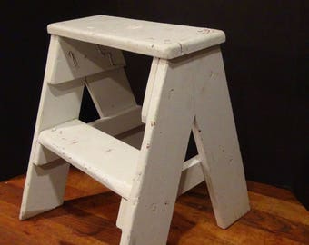 Vintage Wooden Step Stool / Farmhouse / Rustic Chic