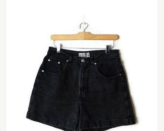 ON SALE Vintage Black High waist Denim Shorts from 80's/W28*