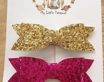 Set of 2 hairclips - glitter bows