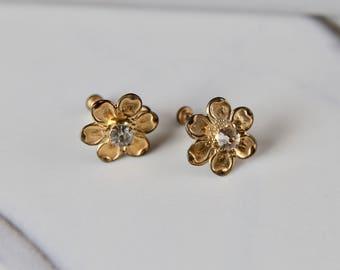 1950's Poppy Screw-Back Earrings