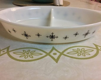 1950's Promotional Pyrex Divided Dish 'Compass'