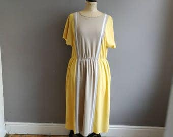 Yellow 80s dress / yellow and grey batwing dress / quirky retro dress / yellow vintage dress / mid length dresses / slouchy 80s dress