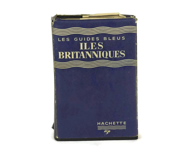 French Vintage Travel Guide with Maps. 1958 Les Guides Bleus British Islands.