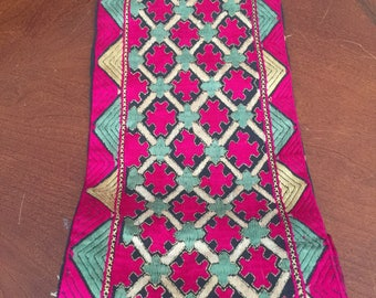 Vintage reversible embroidered scarf, fuschia gold & green