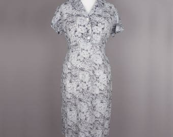 1950s grey floral vintage housewife dress