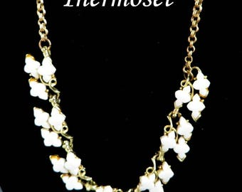 Vintage White Necklace - Thermoset Gold Tone Choker Necklace, Leafy Necklace, Gift for Her, FREE SHIPPING