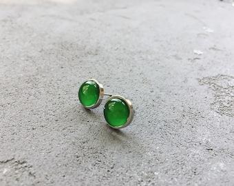 Green stud earrings by CuteBirdie