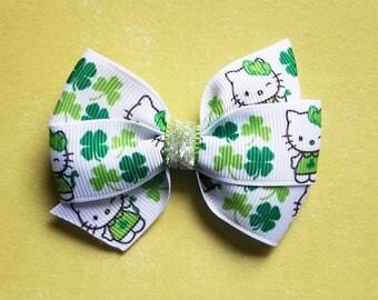 St. Patrick's Day Hair Bow/hair clip/ girls hair bow/baby girl/Hair Bow/St. Patty/Baby Girl Bow/Hair Accessories/Shamrock/Hello Kitty