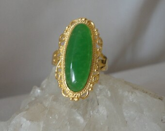 Gorgeous Green Jade Gold Plated Ring*******.(7)