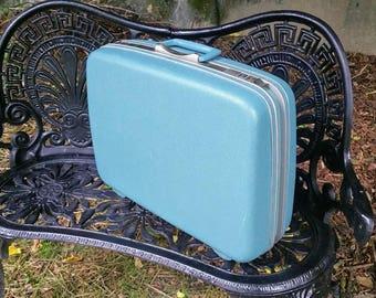 Samsonite Silhouette Aqua 20 Inch Suitcase