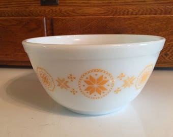 Pyrex Town and Country Mixing Bowl 402