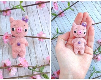 R E S E R V E D for a Liz Kear. Please do not buy. Kawaii tiny pink pig.  Friend for your BJD dolls, dioramas, dollhouses. Great gift.