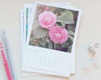 2018 Desk Calendar - floral, flower photography, 5x7 calendar, loose pages calendar, board, fridge, christmas gift, flower calendar