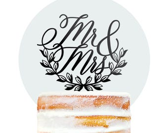 Unique Wedding Cake Topper, Mr & Mrs Wreath Cake Topper for Wedding, Script Cake Topper, Modern Wedding Decor, Cake Decor (T392)
