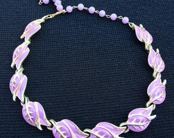 Vintage lilac enamel choker signed CORO.  Botanical pattern pretty necklace. Leaflets chocker!! Original late 50s! – cod. A237A