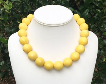 Yellow Gemstone Necklace Yellow Jade Necklace Yellow Statement Necklace Chunky Yellow Necklace 20mm Round Multifaceted Yellow Bead Necklace