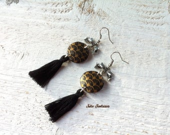 Long earrings polymer clay and Pompom * black and gold