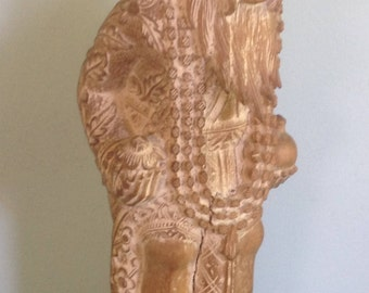 Light carved wood balinese statue