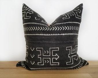 Authentic Mudcloth Pillow, Vintage Mali Bogolan Warm Black Ground with Off White Warrior, Geometric