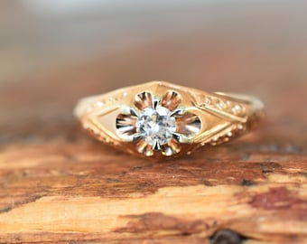 1910s 14K Antique Belcher Mounting .20 Carat European Cut Diamond Ring in Rose Gold