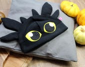 Toothless cosplay black dragon fleece beanie hat, gothic goth fantasy dragon costume, perfect gift for nerdy and geeky friends