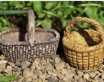 Miniature baskets, Fairy garden Easter basket, mini Easter, fairy garden miniatures, fairy accessories, dollhouse basket, dollhouse easter