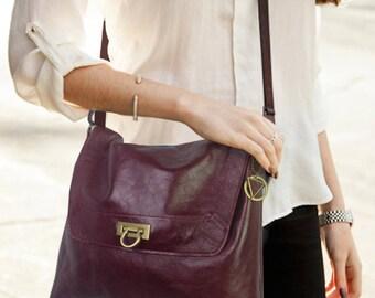Darkest Burgundy leather bag, soft smooth leather, Adjustable Shoulder strap, Lined Bag with pockets, Everydaybag, key clasp