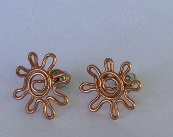 Sun symbol Copper wire post earrings