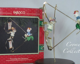 Enesco Mice Focusing on Christmas Ornament Spectacles Glasses Treasury of Series Mouse Optometrist Eye Doctor