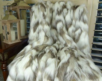 Ivory Faux Fur Throw Blanket & Bedspread - Tibet Fox Fur - Ivory Beige Luxury Faux Fur - Soft Faux Fur Blanket - 16405