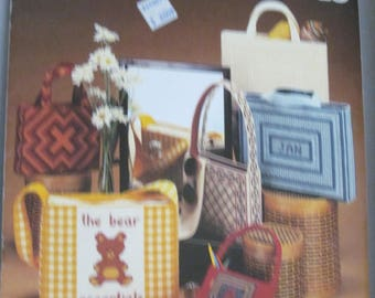 Leisure Arts 0173-Needlepoint Totes for Plastic Canvas-10 Projects