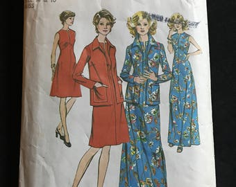 Simplicity 6559 - 1970s Knee or Maxi Length Dress with Shaped Raised Waist and Slit Front and Jacket with Wide Pointed Collar - Size 14 16