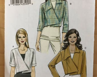Vogue V8673 - Easy to Sew Princess Seamed Jacket with Shaped Hem - Size 14 16 18 20 22