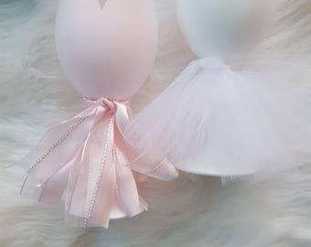 Personalized Bridesmaid Wine Glass // Bridesmaid Wine Glass // Wedding Wine Glass // Bridesmaid Gift // Wedding Dress Glass // Bridesmaid