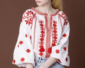 White linen embroidered blouse vyshyvanka. Ukrainian vyshyvanka blouse, mexican blouse, Kaftan, Abaya, Caftan Free Shipping